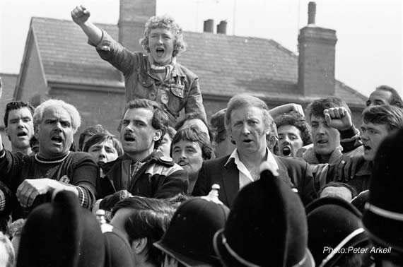 A World to Win | Review | Book | The miners' strike ...